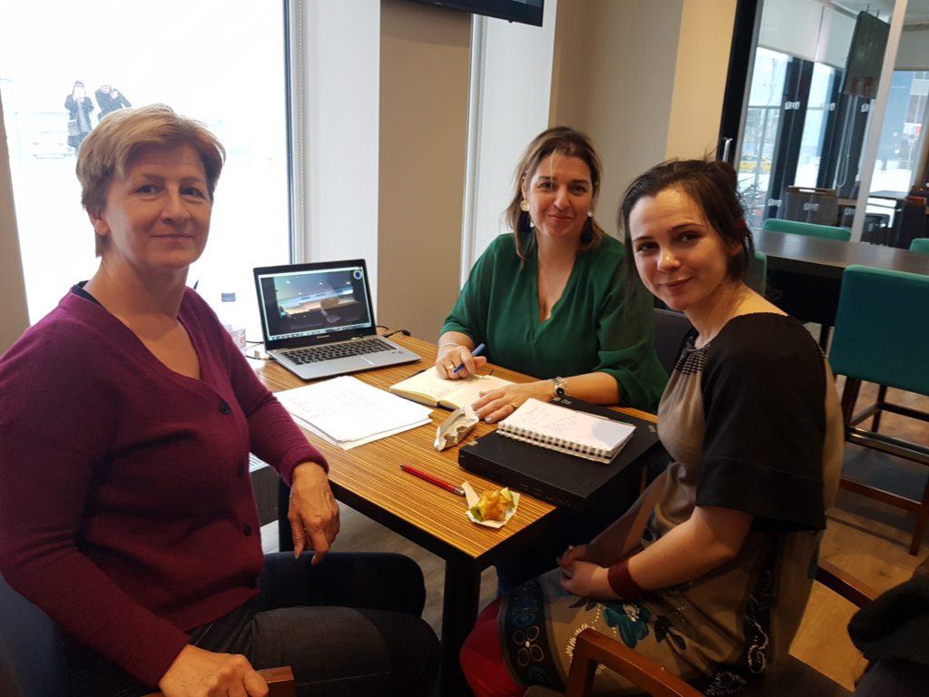Lola Casa-Sanchez (chair), Conny van der Aalsvoort, Nikki Arnold